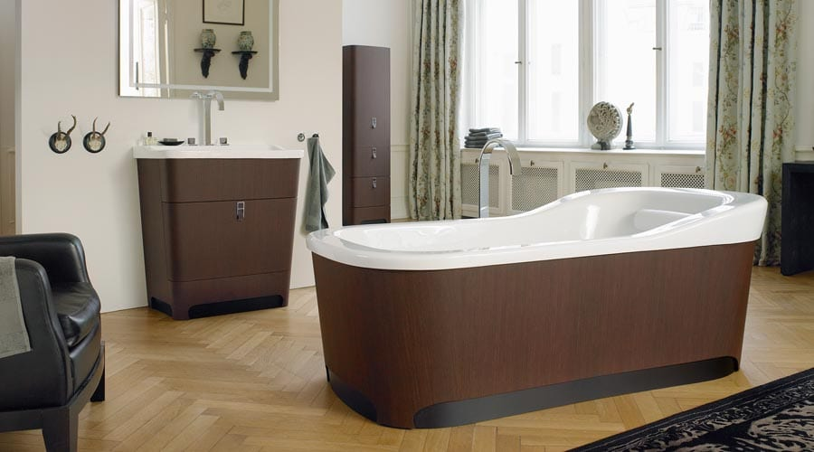 A luxury hotel bathroom design featuring furniture and sanitary ware from the Duravit Esplanade range